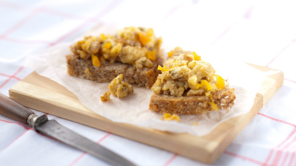 Lea & Perrins kaasnougat met noten en abrikozen
